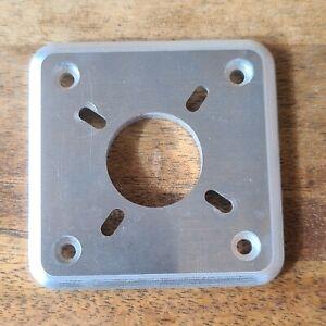 Q500/F3R engine mount plates