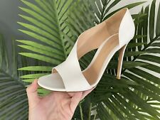 Gianvito Rossi White Asymetrical Leather Sandals  Size 6/39
