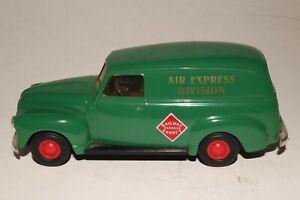 Ertl Toys, 1951 GMC REA Express Panel Truck, 1/43 Scale
