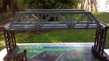 HO Tyco bridge and pier set, Nice!
