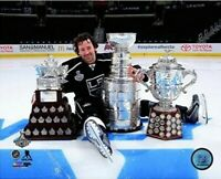 """Justin Williams Los Angeles Kings Stanley Cup Trophies Photo (Size: 8"""" x 10"""")"""