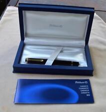 Pelikan Souveran M800 Black Fountain Pen 2 tone 18kt Gold Medium Nib w/box paper