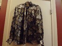 Vintage Escada Brown 100% Silk Floral Blouse Top Size 38  Germany
