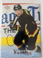 1995-96 Be A Player Hockey Auto Cliff Ronning #S91