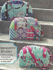 Bijou Travel Trio shoulder bag quilt pattern by Serendipity Studio