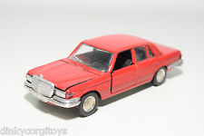 SCHUCO 301612 MERCEDES-BENZ MERCEDES BENZ 350SE 350 SE RED NEAR MINT CONDITION