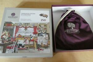 WENTWORTH WOODEN JIGSAW PUZZLE 250 PIECES - FARMHOUSE KITCHEN AT CHRISTMAS