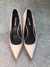 Womens Ladies Zara Size 7 Cream Nude Pointed Court Heel Stiletto Shoes *REDUCED*