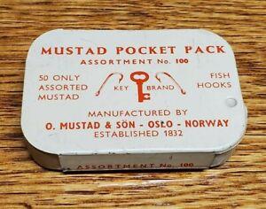 Vintage MUSTAD POCKET PACK Tin Fish Hook Assortment No. 100 Excellent!