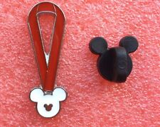 Pins DISNEY Collier Ruban Rouge