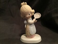 New ListingPrecious Moments Eggs Over Easy - 1979 - Retired - Girl And Frying Pan