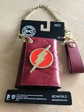 DC Comics Flash Bolt Super Hero Red Faux Leather Tri Fold Wallet And Chain