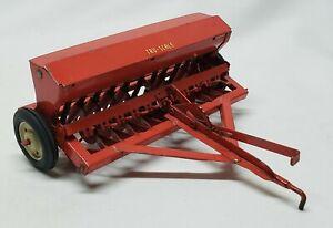 Vintage Tru-Scale Grain Drill Seeder Seed Spreader Planter 1/16 Scale Farm Toy