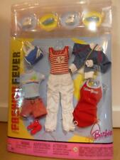 Barbie FASHION FEVER CLOTHES CLOSET MIX AND MATCH G9013