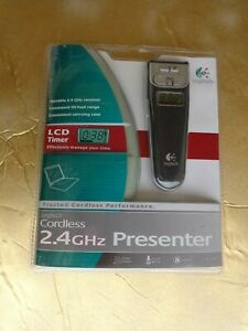 Logitech 2.4 GHz Cordless Presenter (Black)