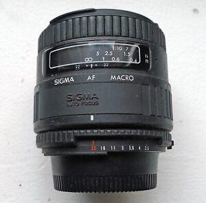 SIGMA 50mm F2.8 MACRO LENS - NIKON F MOUNT - WORKS PERFECT - READ CAREFULLY 1ST