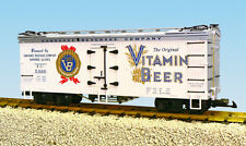 USA Trains G Scale R16391 VITAMIN BEER - WHITE/SILVER  Reefer