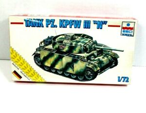 "ESCI ERTL German WWII Tank PZ. KPFW III ""N"" 1/72 scale Military Model kit NIB"