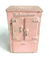 1932-34 Antique Kelvinator Cast Iron Bank by Arcade ~ Refrigerator Penny Bank