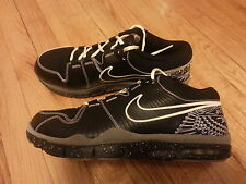 NEW NIKE TRAINER 1 P.E MANNY PACQUIAO, LIGHTS OUT, GLOW IN THE DARK SIZE  11.5