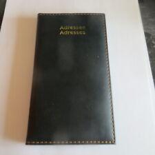 Carnet d'adresses garni de simili cuir cousu POIDS : 89 g LONGUEUR : 17,3 cm LAR