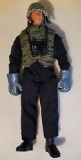 GI JOE Hasbro 1996 action figure plus accesories 12 inches