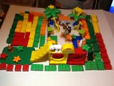USED LEGO DUPLO LOT A ZOO WITH ANIMALS & KEEPER 125 PIECE COOL LOT  (SHELF #-179