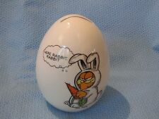 VINTAGE ENESCO GARFIELD  CAT CERAMIC EGG BANK FIGURINE  HERE RABBIT RABBIT
