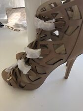 Isabella Anselmi 37 Nude Blush Dress Heels Size 37 Party Cut Out Buckle