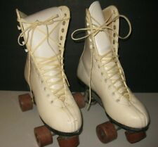 Vintage Chicago 76 Cream/Ivory Ladies Roller Skates Size 7 w/Brown Wheels