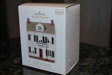 2010 Hallmark A Colonial Xmas Nostaligic Houses & Shops Series keepsake ornament
