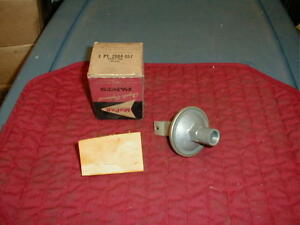 NOS MOPAR 1960-1 PLYMOUTH DODGE DESOTO HIGH PERFORMANCE VACUUM ADVANCE