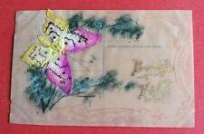 CPA. Celluloïd ou Rhodoïd. Papillon en relief. Bonne Fête.