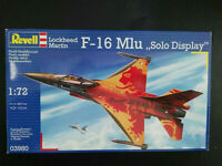 "Lockheed Martin F - 16, M1u, "" Solo Display "", Scale:1/72, Kit: 03980, Super !"
