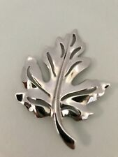 Vintage Silver Tone Maple Leaf Autumn Brooch Pin J0167