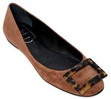 EUC ROGER VIVIER PARIS women's brown round toe suede buckle flats sz38 or 7-1/2