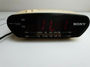 Vintage Sony Model ICF-C270 Clock Radio Dream Machine Fm AM Cream Fully Working