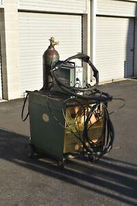Cobramatic mig welder with Linde power supply