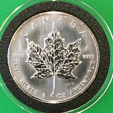 1990 Canadian Maple Leaf Collectible Coin 1 Troy Oz .999 Fine Silver Round Coin