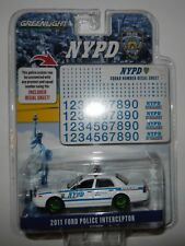 Greenlight 42822 2011 NYPD Ford Crown Victoria 1:64 Scale w/Squad Decals CHASE