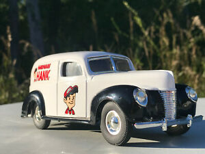 HARDWARE HANK Die Cast Bank 1940 FORD PANEL DELIVERY TRUCK
