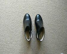 New Bettye Muller Black Ankle Wrap Closed Toe Block Heel size 7 Anthropologie