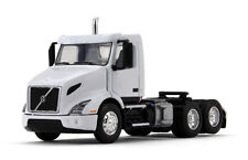 1/64 FIRST GEAR  Volvo VNR 300 Day Cab in White