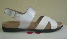NWT NATURALIZER BLACK WHITE LEATHER WEDGE SANDALS SIZE 7.5 W WIDE $89