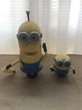 DESPICABLE ME TALKING MINION WITH BANANA WORKS GREAT HANDS ACTIVATED 10""