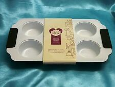 Ceramic non-stick Muffin Tray with soft Silicone handles Heart of House - New