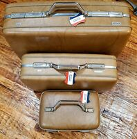 3 Piece Luggage Set, Vintage American Tourister, Caramel