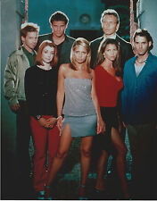 BUFFY CAST 8 X 10 PHOTO WITH ULTRA PRO TOPLOADER