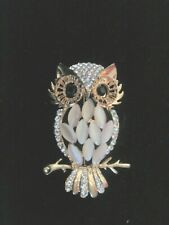 Owl Brooch with clear stones and pearlised beads