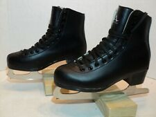 American figure skates mens size 5 with box